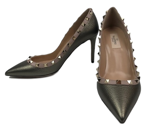 Brand New Valentino Spike Pumps 39