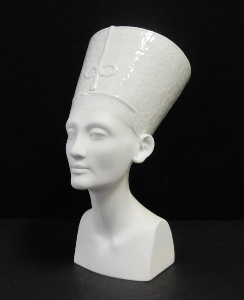 Bust of Egyptian Queen Nefertiti figurine by Rosenthal