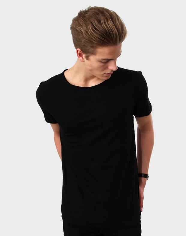 Tailored Fit - Torn Crew Neck, Sort T-shirt - ACC Store