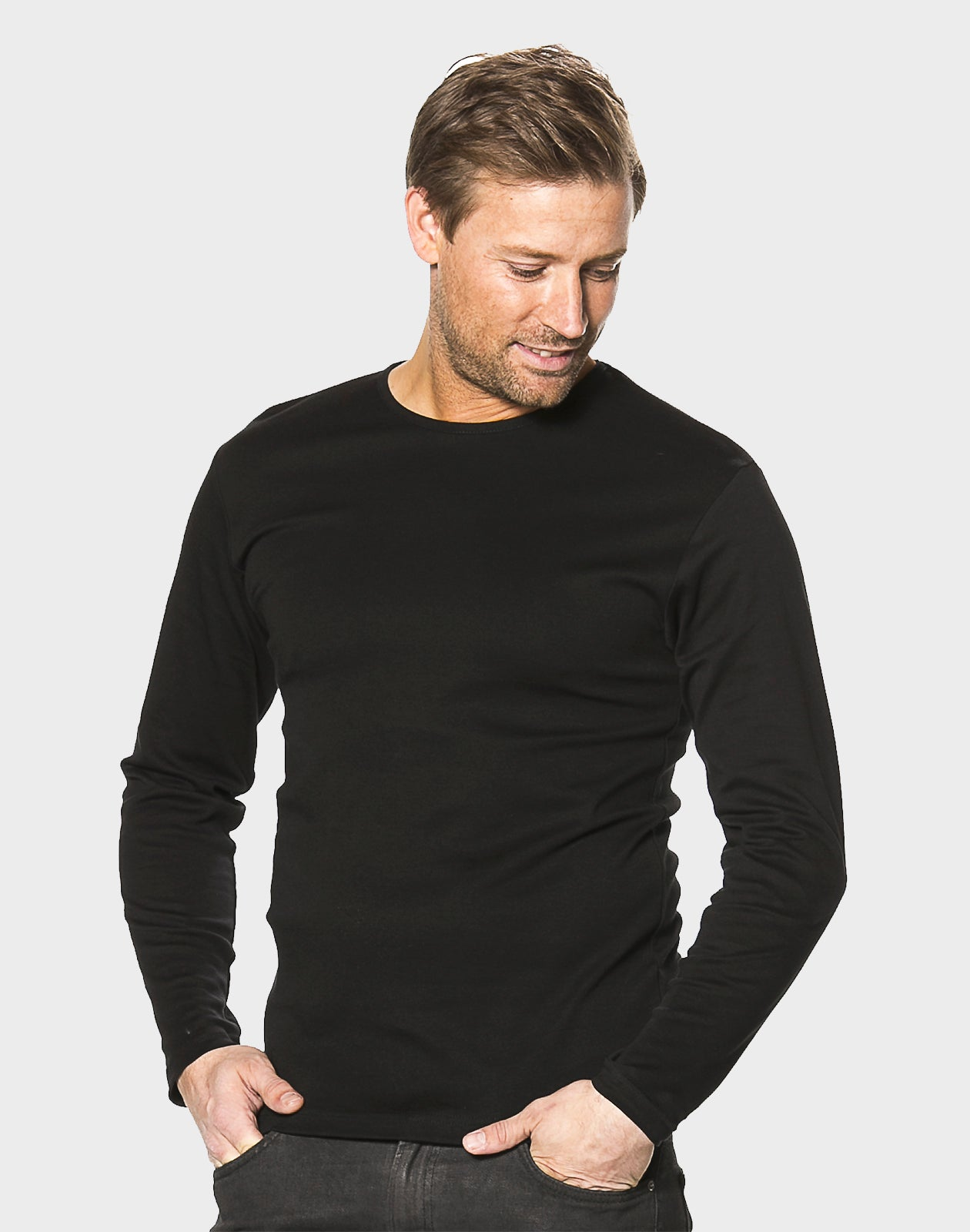 Fitted Fit - Basic LS, Sort T-shirt - ACC Store