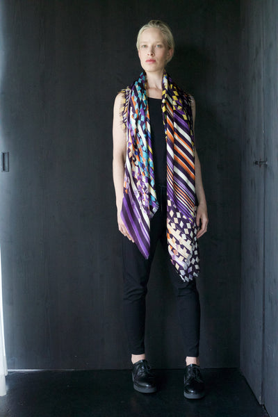 "Silk ""Abstract Stripes"" Violetblue Big Square 140x140cm"