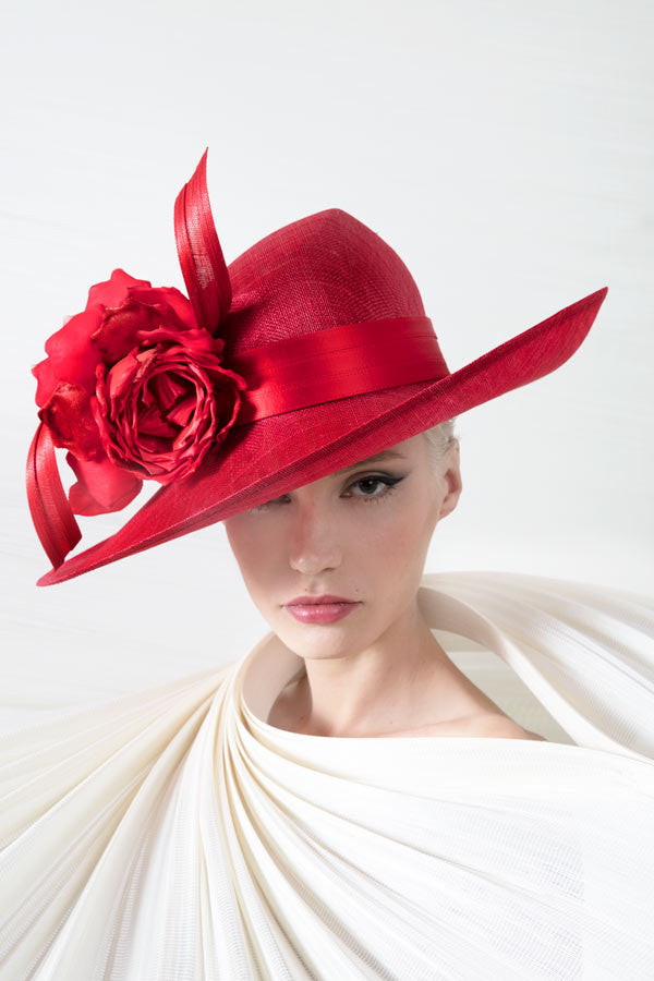 Philip Treacy, Designer Hat 2017 in Red