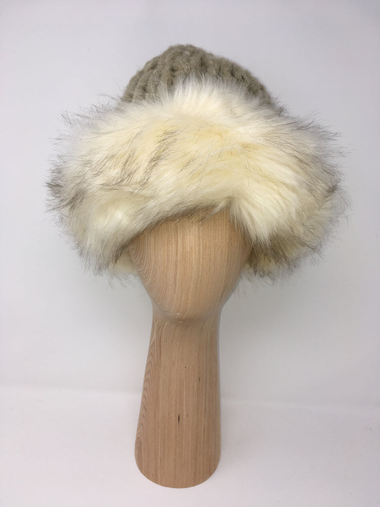 Fur Trimmed Knitted Hat