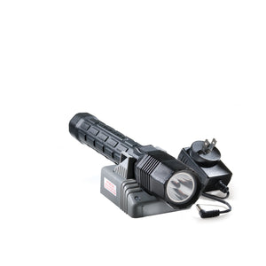 8060 led-recoil Flashlight
