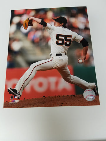 UNSIGNED Tim Lincecum (Pitching) 8x10