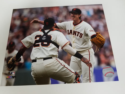 UNSIGNED Tim Lincecum (no hitter) 8x10