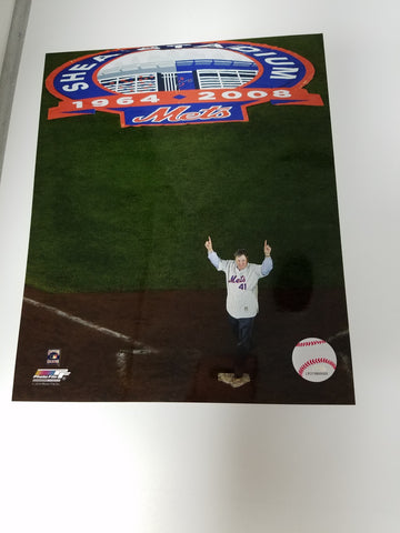 UNSIGNED Tom Seaver (#1) 8x10