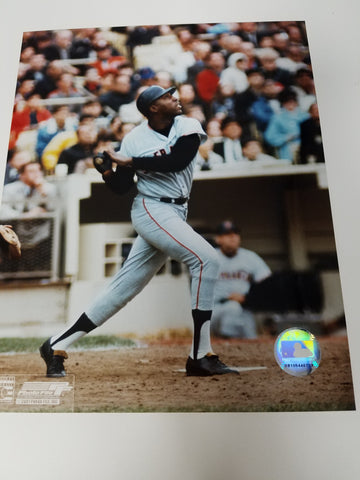 UNSIGNED Willie McCovey (batting) 8x10