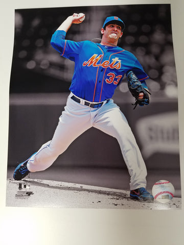 UNSIGNED Matt Harvey 8x10