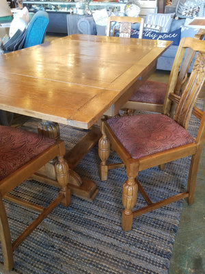 Antique Oak Table And 4 Chairs