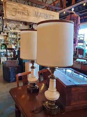Hollywood Regency Stiffel Lamp