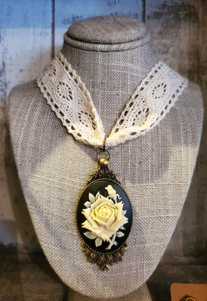 Large Rose Cameo Lace Choker handmade by Anni Frohlich