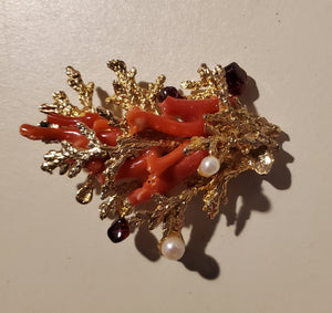 Vintage SWOBODA 18k gold and coral broach with Akoyo pearls and garnet