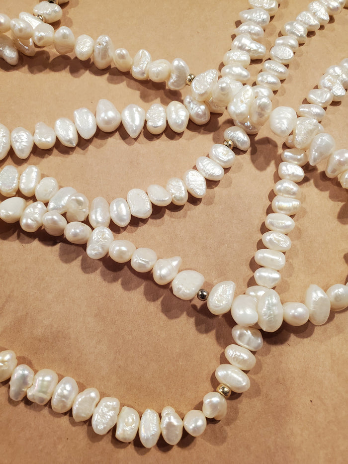 Cultured pearl necklace - vintage