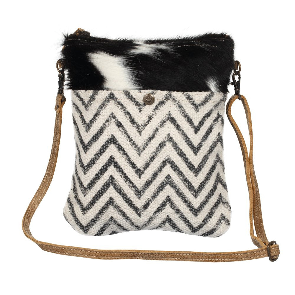 Myra Spleen Cross Body Bag