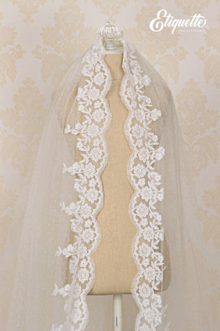 Mantilla Pronovias 11