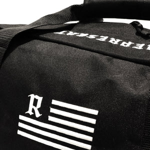 Ole Medieval Flag Duffel Bag [BLACK]