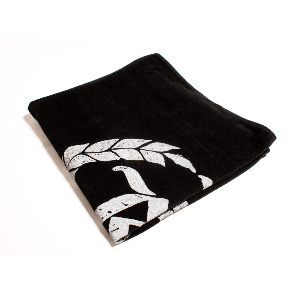 Never Established Monogram Beach Towel [BLACK]