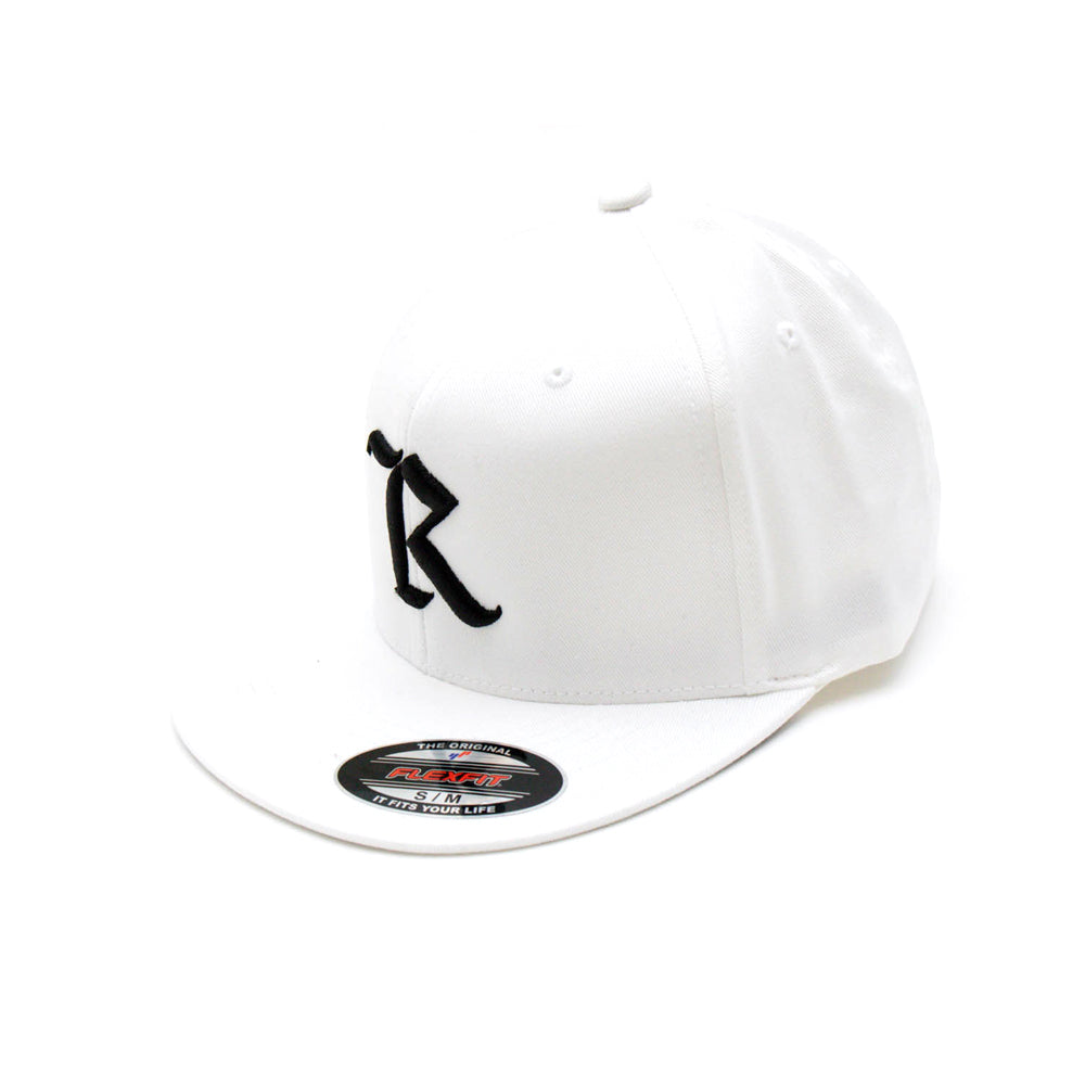 Classic Flexfit Pro On-Field Baseball Cap [WHITE X BLACK]