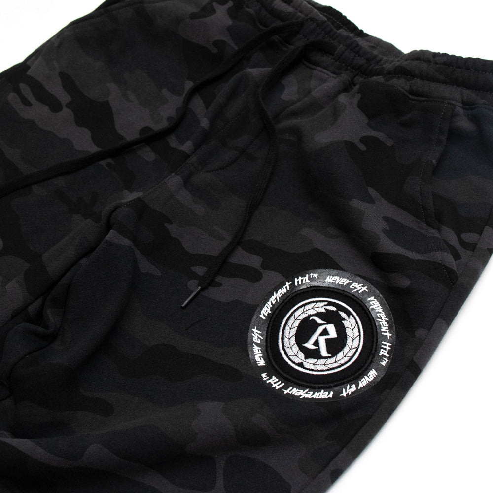 Never Established Patch Joggers [BLACK CAMO]