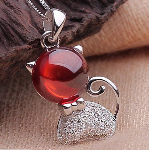 BoRuo 925 Sterling Silver Cat Pendant With Red Garnet. Best gift for Valentine's Day, Mother's Day, Birthday, and Last Forever!