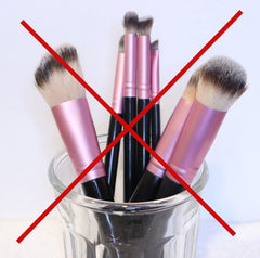 do-not-dry-brushes-head-up-how-to-clean-makeup-brush