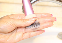 how-to-clean-makeup-brushes-reshape