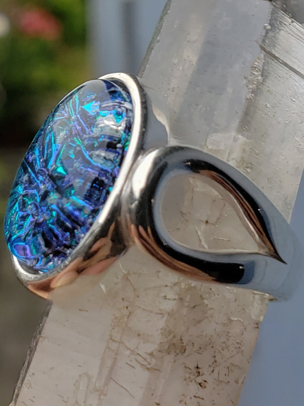 side view loop ring sterling silver, cremation jewelry, memorial jewelry, pet memorial jewelry, cremation ring, memorial ring, handmade, urn ring, ashes in glass, ashes InFused Glass, ring for Ashes, sympathy gift USA Handmade by Infusion Glass Artist Joele Williams Human and Pet Cremation Ash Remembrance Urns AshesInfusedGlass.com