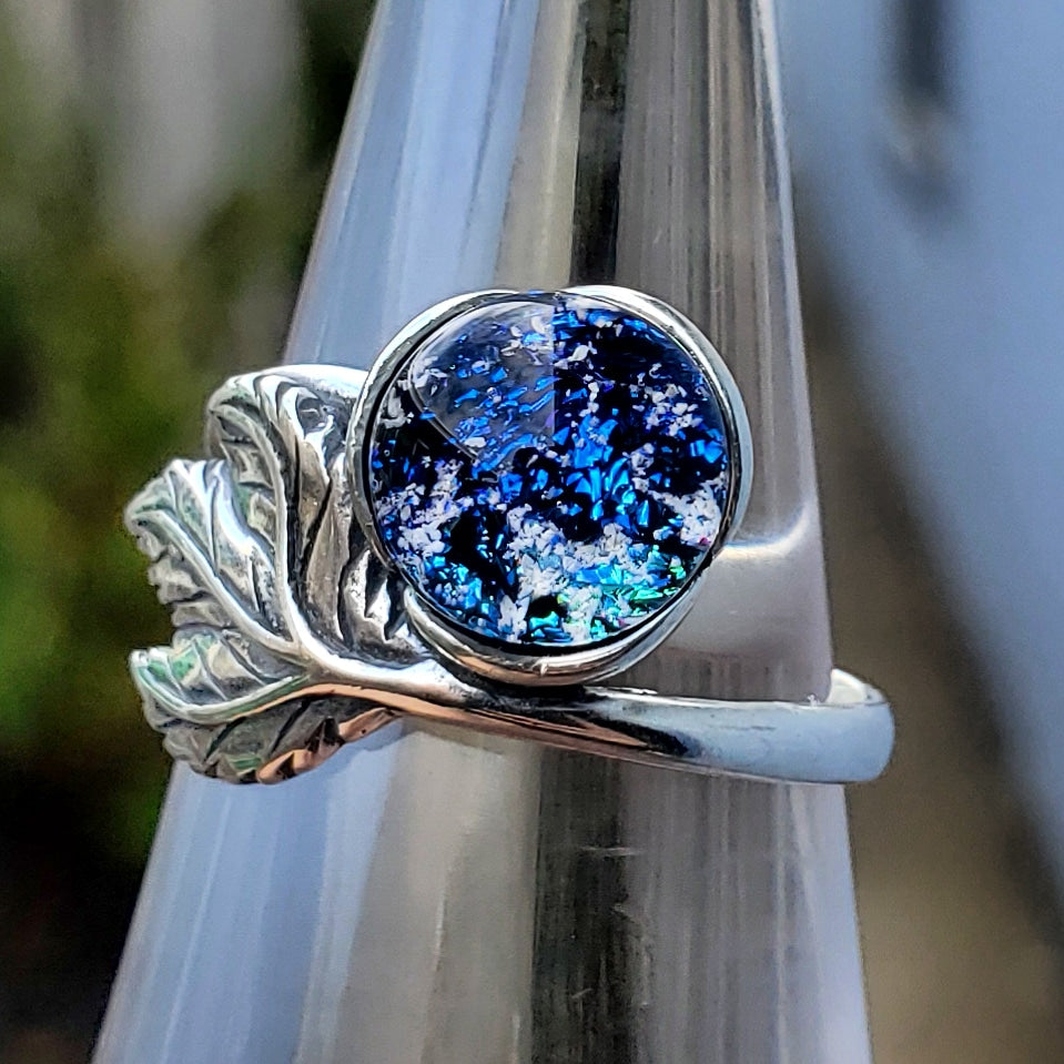 NEW Leaf Ash Ring Cremation Jewelry Urn 7,8 Ashes InFused Glass