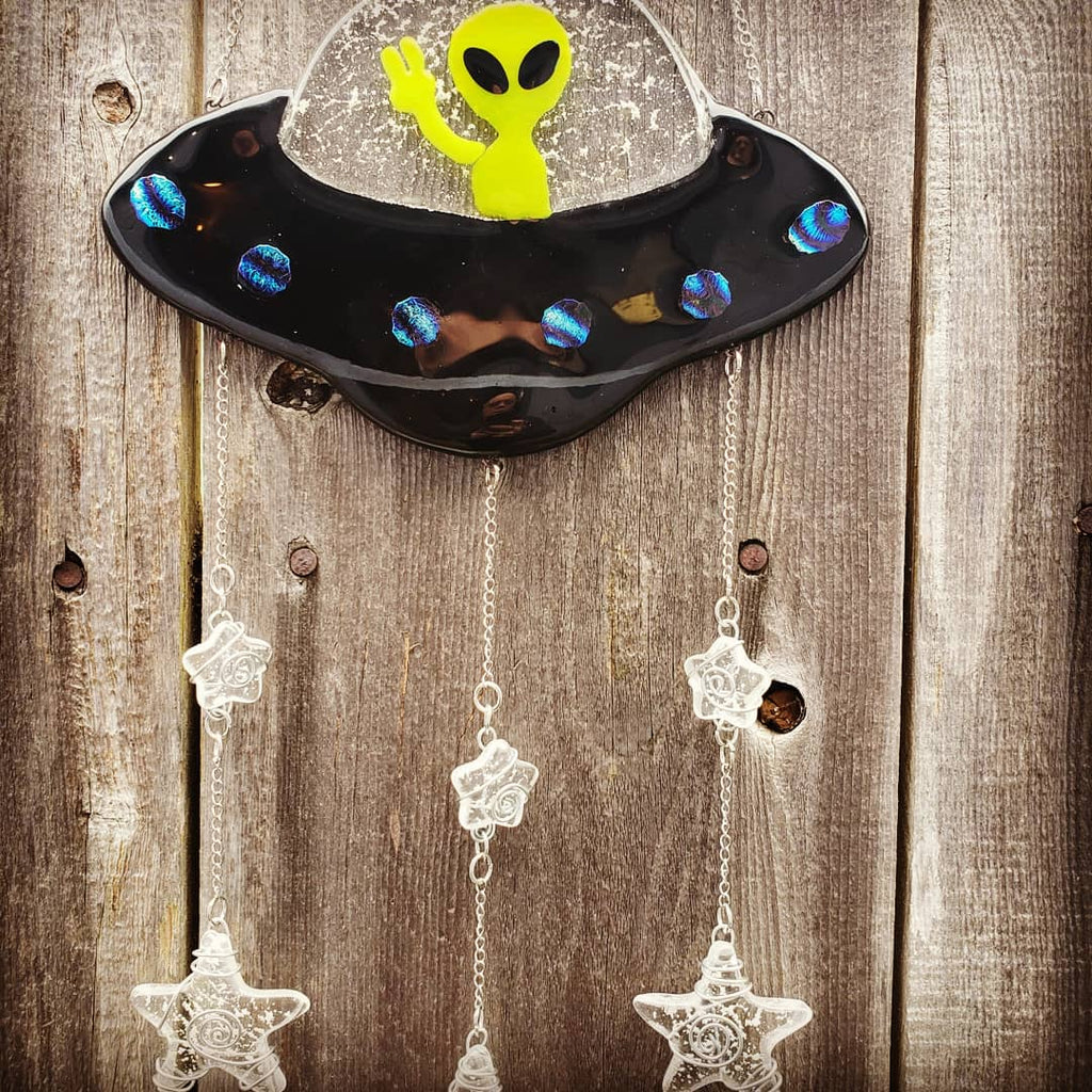 NEW Alien Spaceship Sun Catchers Handmade Stars Cremation Ashes In Glass Memorial Urn 8x12