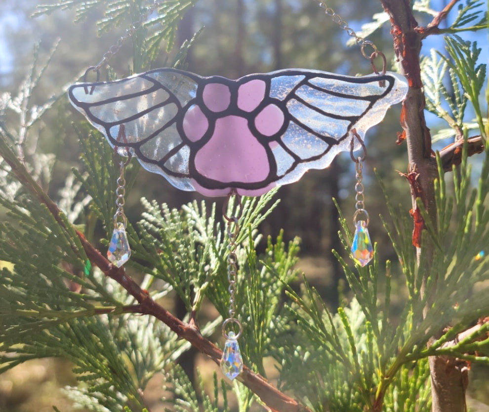 New  Flying Paw Print Angel Cremation Art Sun Catcher Ashes Infused Glass Memorial 4 inch