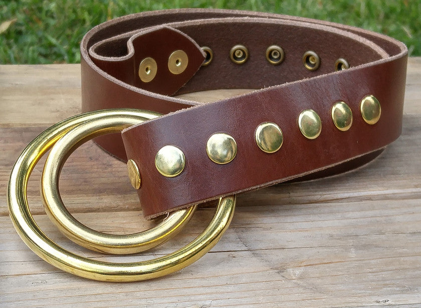SIMPLE AND<p>DECORATIVE BELTS