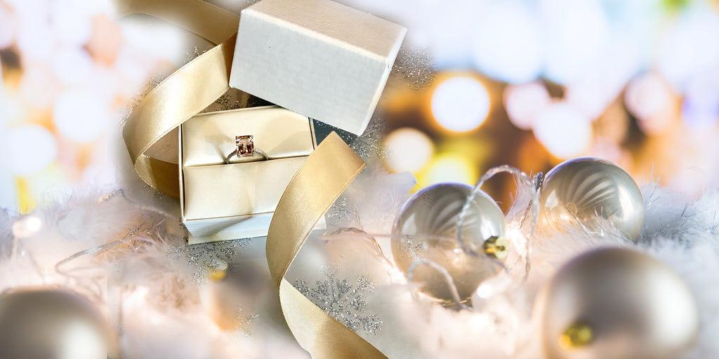 What makes the Holidays the ideal time to propose?