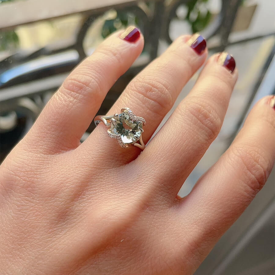 Round Aquamarine Engagement Ring