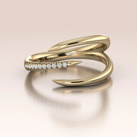 14K Gold Claw Ring with White/Black Diamonds