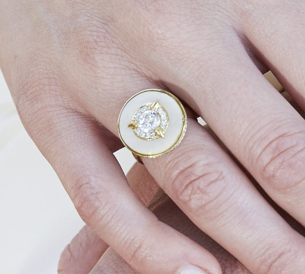 Cycles Diamond Engagement Ring in 18k Gold