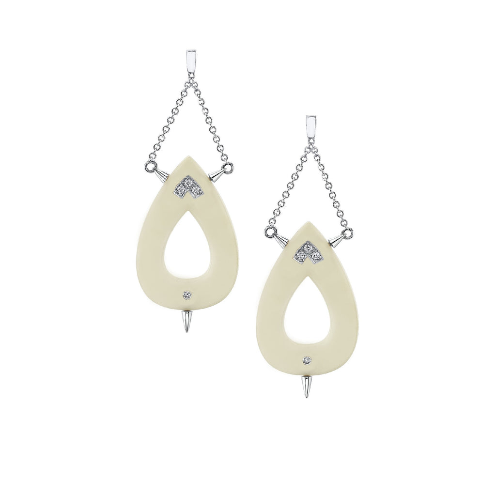 Small Nurture Diamond Earrings in 18k Gold Jewelry - Irthly - 3