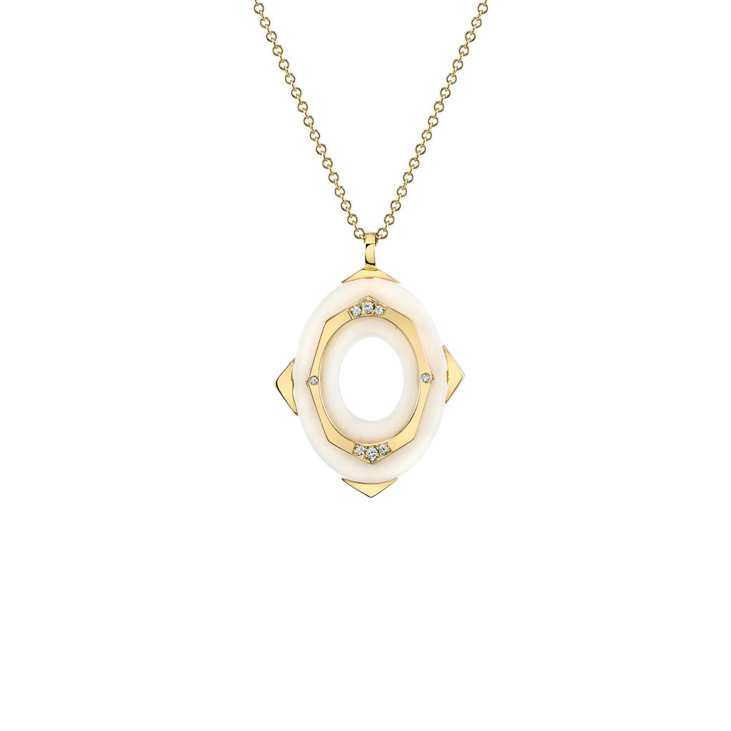 Small Affinity Diamond Pendant in 18k Gold Jewelry - Irthly - 3