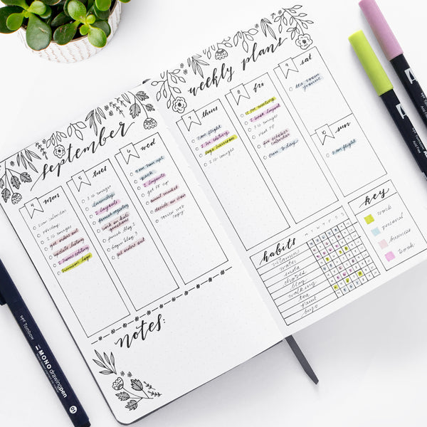 Improve your productivity with Tombow brush pens and this weekly dot grid layout