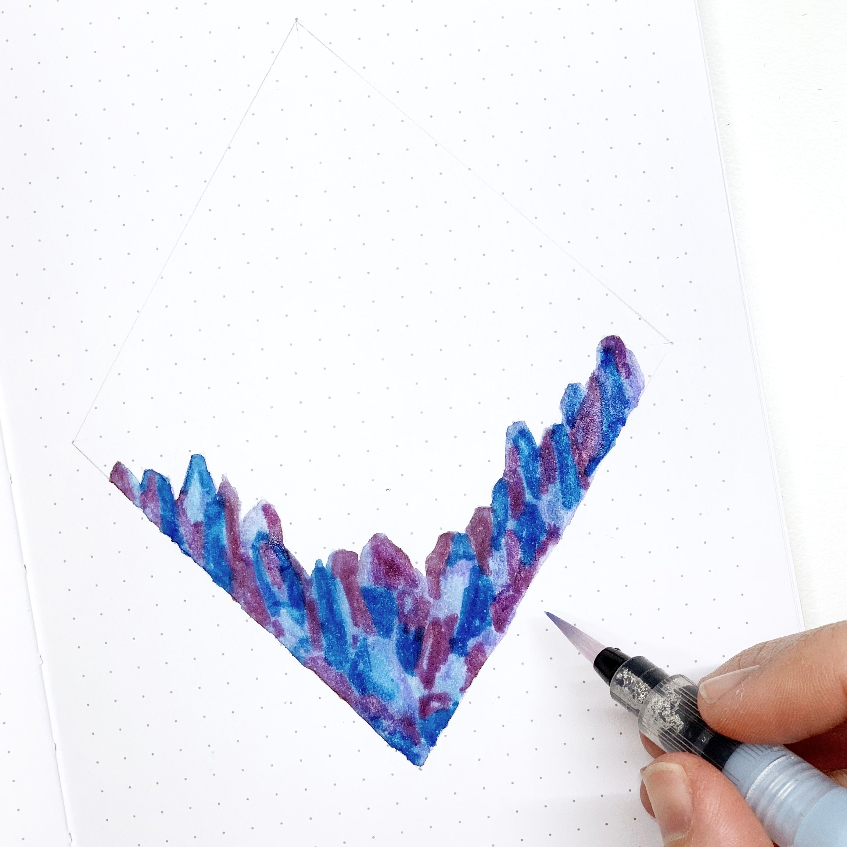 Learn how to create a crystal diamond border for your bullet journal with Adrienne from @studio80design!