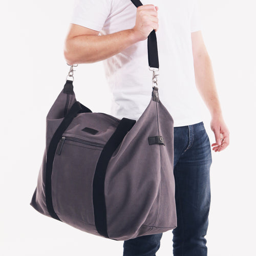Nomoon's Large Weekender Bag in Grey