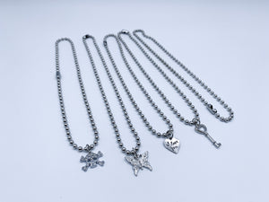Chain ball necklaces