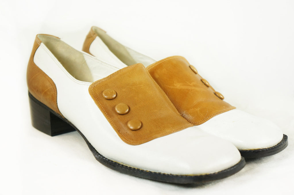 Vintage 60s Two Tone Mod Tan and White Mary Jane Oxfords 7 1/2 M - Embers / Cinders Vintage