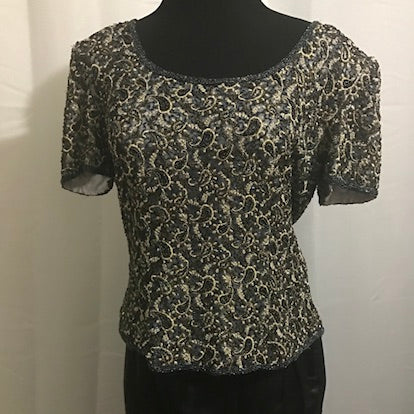 A Prianna Papell Occasions beaded top L