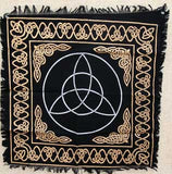 triquetra altar or tarot cloth 24 x 24