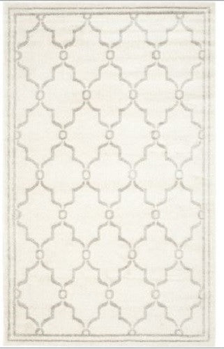 5' x 8' Indoor-Outdoor Area Rug in Ivory - Light Gray - YourGardenStop