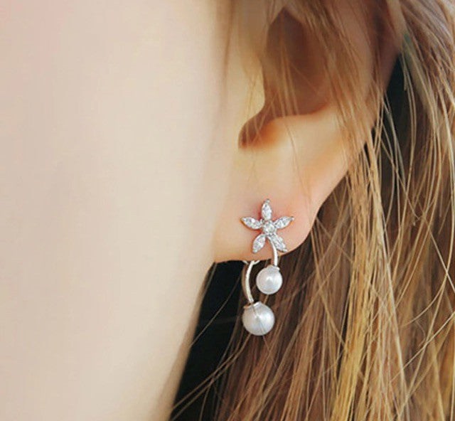 Flower pearl earrings - Classy Pink Boutique