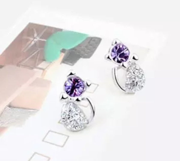 Cat stud earrings with purple crystal