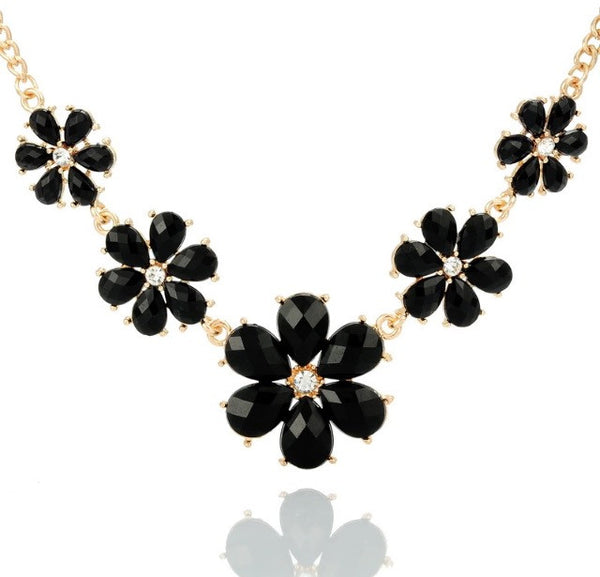 Fashion Flower Necklace - Classy Pink Boutique