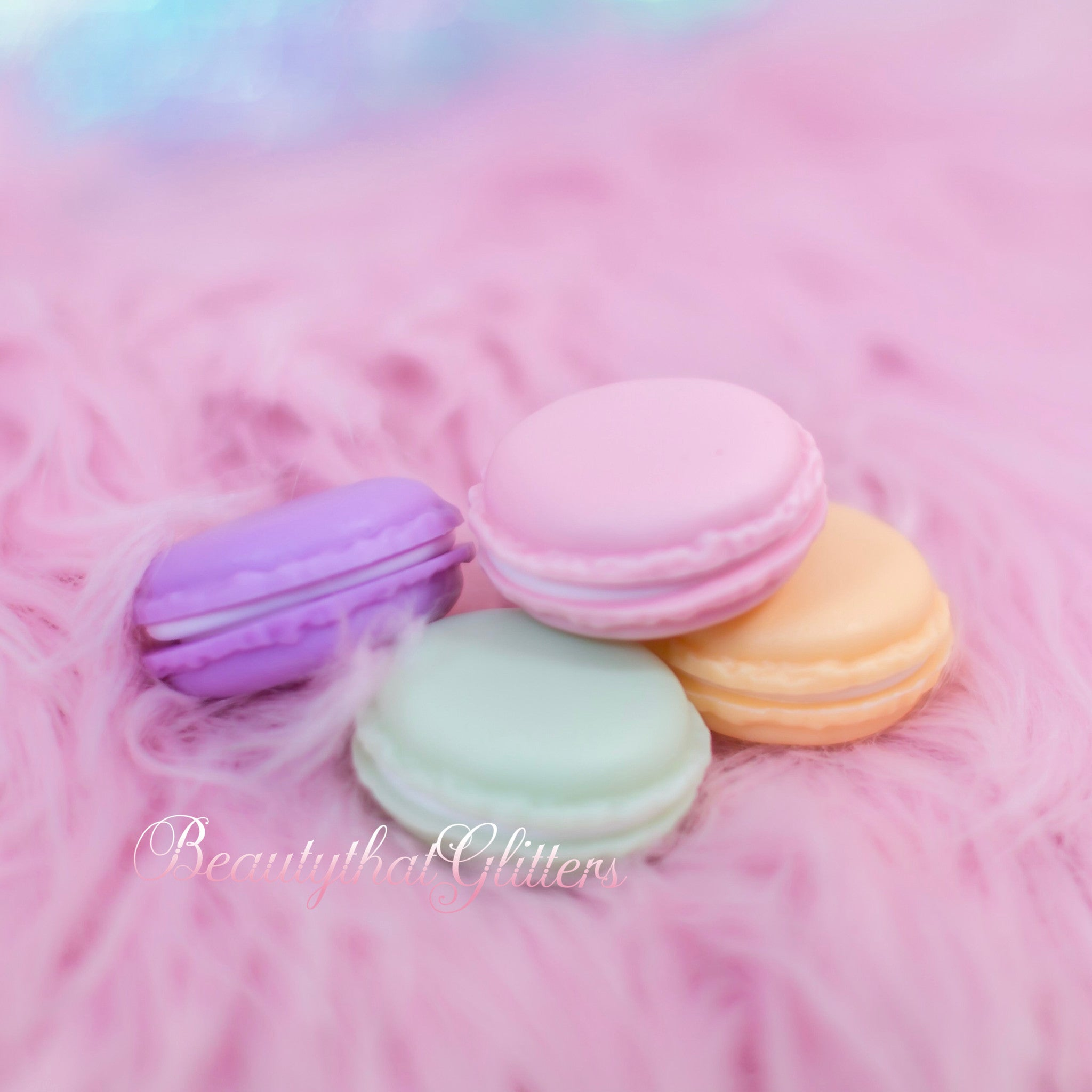 Macaroon box decor